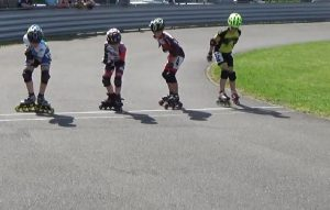 Vojta (druhý zleva) na startu